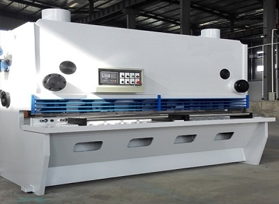 hydraulic guillotine shear.jpg